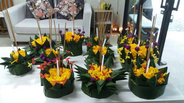Thai Shares Loy Krathong Natural